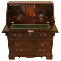 Bureau Chesterfield en dos d'ane British